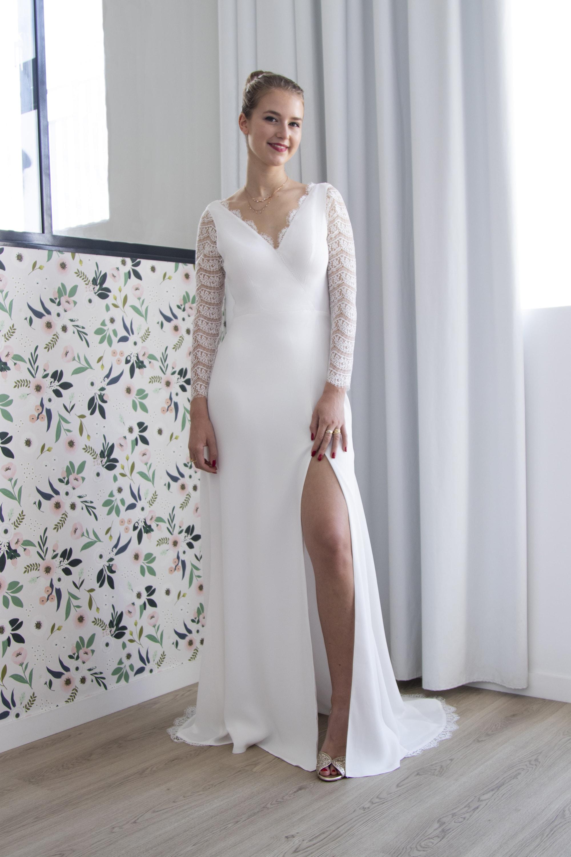 De face, notre robe de mariée Rita est ultra féminine.
